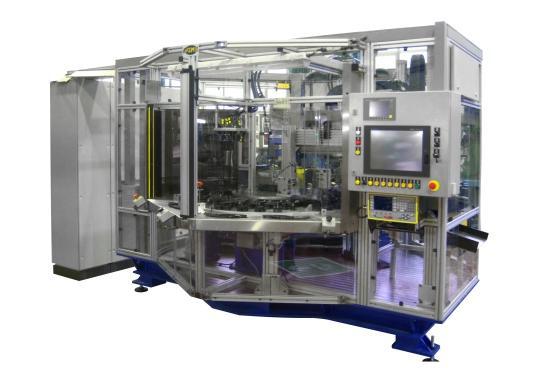 Máquina especial para remachado y marcaje de componentes reclinadores