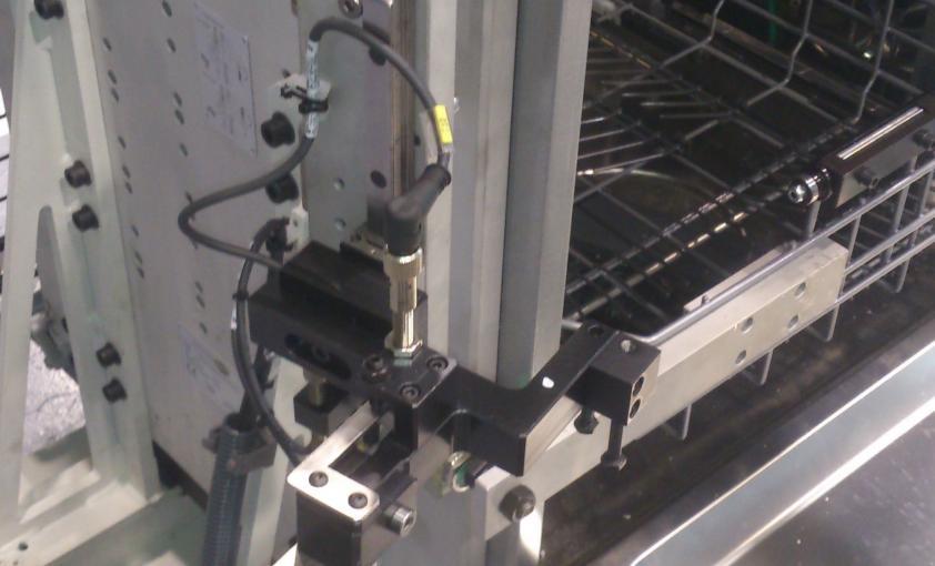 Máquina a medida para test de bisagra de lavavajillas