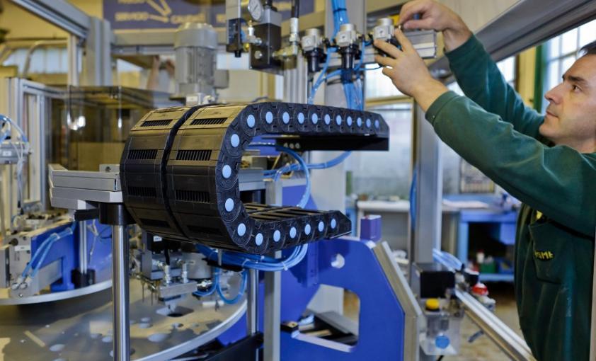 Montaje e instalación de máquinas a medida