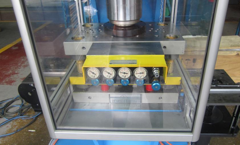 prensa eléctrica 12 tons