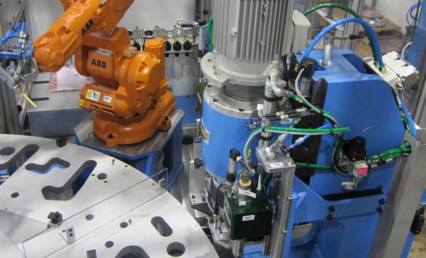 Transfer rotativo para montaje de cerraduras, proyectos a medida
